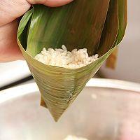 鲜肉鸭蛋黄粽子(内含红豆大枣口味)的做法图解22