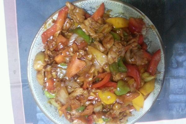 番茄彩椒腿肉的做法