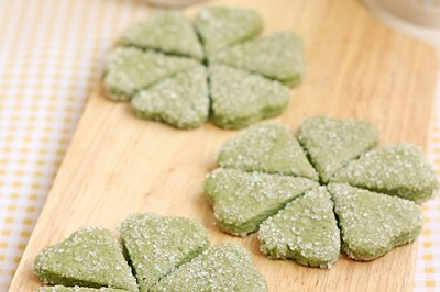 抹茶六叶霜糖饼干