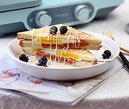 #十分钟开学元气早餐#热压三明治的做法