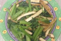 简单家常菜芹菜炒香干的做法