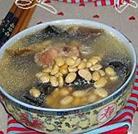 黄豆海带排骨汤的做法图解4