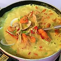 东南亚咖喱奶香海鲜汤的做法图解5
