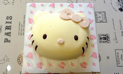 Hello Kitty 酸奶乳酪慕斯蛋糕的做法