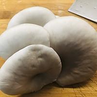 #秋天怎么吃#硬的能打人的面包,居然能做出好吃的法棍蘑菇布丁的做法图解1