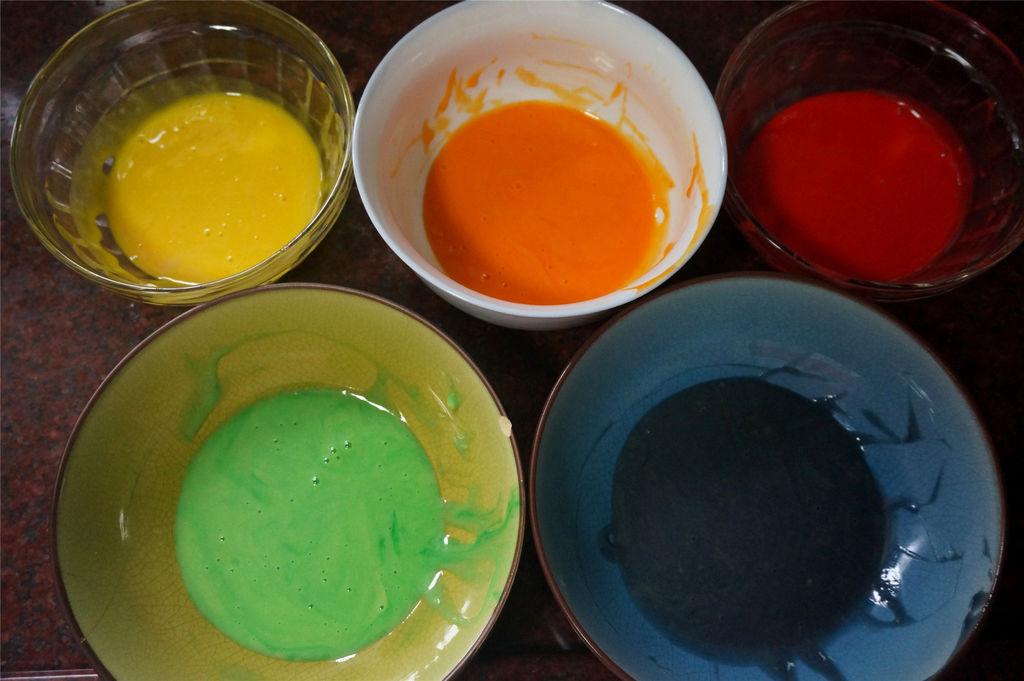 彩虹蛋糕的做法步骤