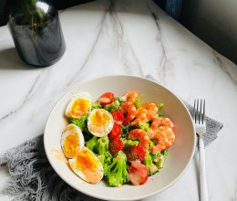 #321沙拉日#好吃低脂的蔬菜沙拉的做法