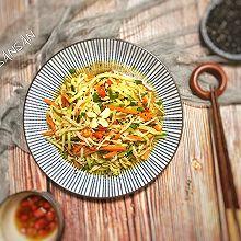 凉拌金针菇 鲜香嫩滑的快手菜