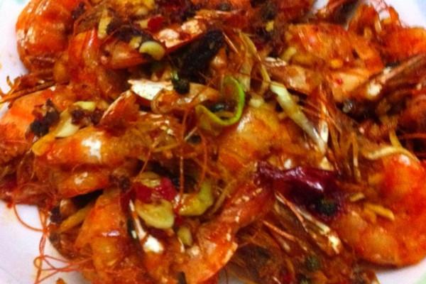 油爆香辣虾的做法