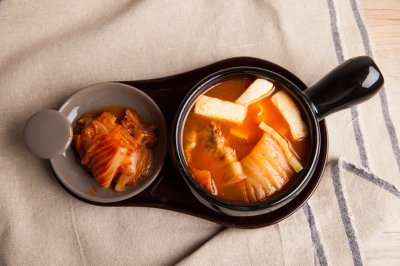 韩国经典泡菜汤