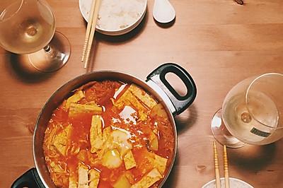 冬日料理 泡菜五花肉豆腐汤 配白米饭