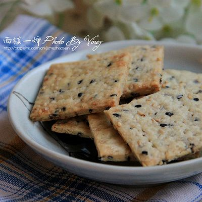 低糖低油芝麻薄片饼干