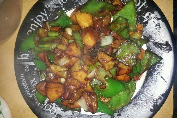 耗油焖土豆的做法 耗油焖土豆怎么做如何做好吃 耗油焖土豆家常做法