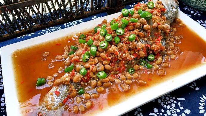 剁椒水豆豉蒸鱼