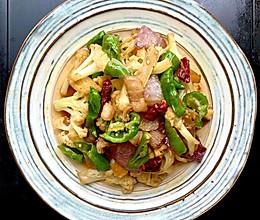 比饭店好吃N倍的干煸花菜的做法