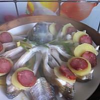 腊肠蒸鳊鱼的做法图解13