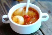 冰糖雪梨银耳荸荠汤的做法