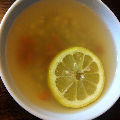 薏米仁煲柠檬水