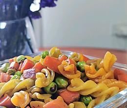 通勤午餐-蔬菜炒意粉的做法