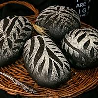 墨鱼软欧面包(四种整形手法):的做法图解4