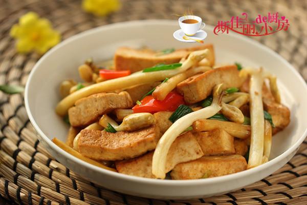 花生芽炒豆腐