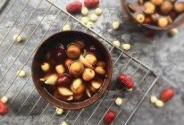 入秋一碗甜汤【板栗百合莲子汤】的做法