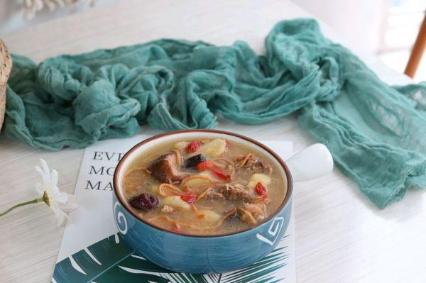 山药鸡汤,鲜美味美,秋冬滋补佳品