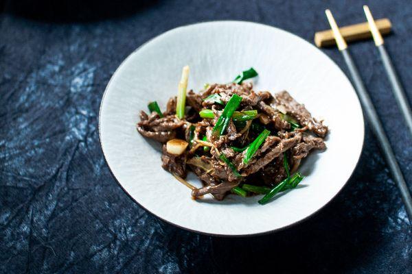 姜丝酱炒牛肉—有点杭州味味的肉丝的做法