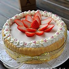 草莓乳酪慕斯蛋糕