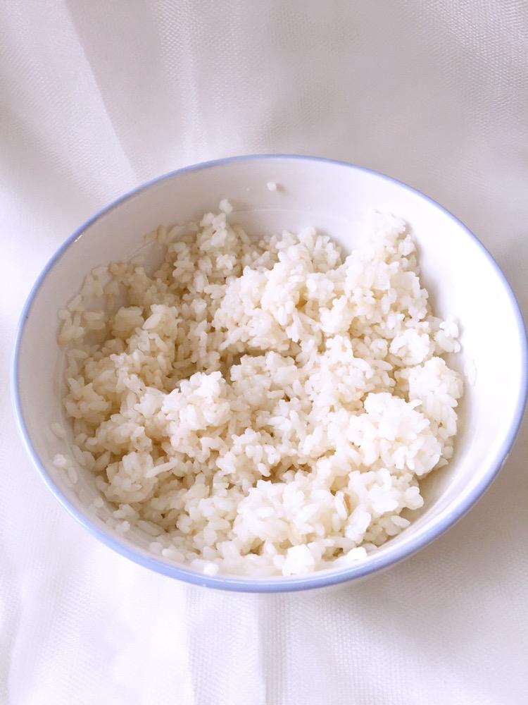 剩米饭的华丽变身的做法图解1