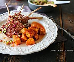 香煎羊排配百里香烤南瓜的做法