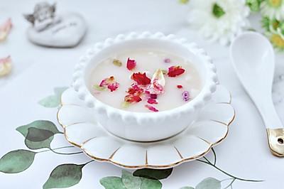 玫瑰花水果燕麦粥