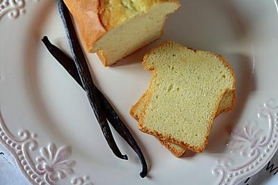 如冰淇淋般の香草磅蛋糕——北鼎烤箱食谱