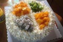 水果裱花蛋糕的做法