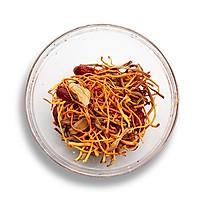 【滋补暖心】黄花菜虫草花炖鸡汤的做法图解4