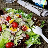 金枪鱼白煮蛋沙拉的做法图解5