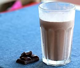[饮料系列]巧克力奶昔的做法