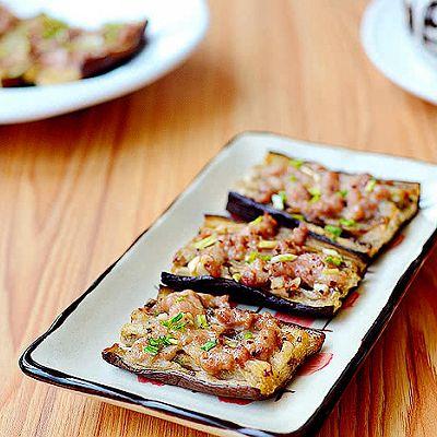 夏季做道爆好吃的烤箱菜——肉酱烤茄子
