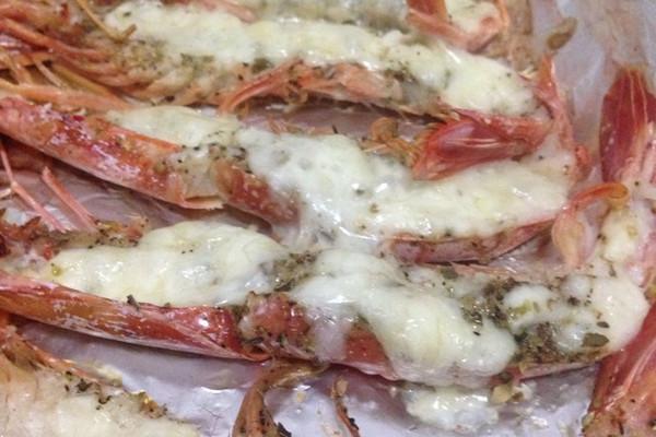 蒜蓉芝士两吃烤红虾的做法