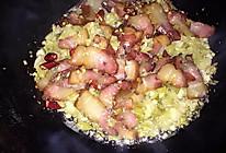 酸菜炒腊肉的做法