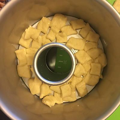 香葱培根肉松手撕面包的做法 步骤8