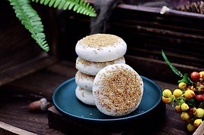 #美味烤箱菜,就等你来做!#果仁红糖发面饼