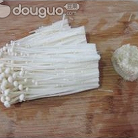 鲜汤浸金针菇的做法图解1