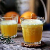夏天健康饮品自己做,简单又好喝之【精纯橙汁】的做法图解3