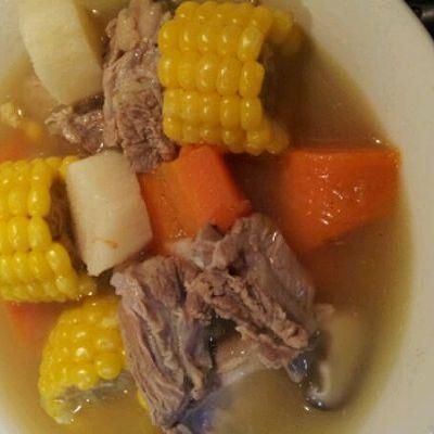 营养排骨汤