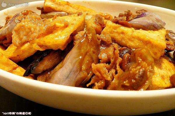 肥牛豆腐烧茄子的做法