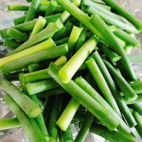 蒜苔炒腊肠#太太乐鲜鸡汁玩转健康快手菜#的做法图解4