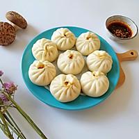 胡萝卜香菇营养小笼包#雀巢早餐肉馅厂家β-胡萝卜素天然v香菇图片
