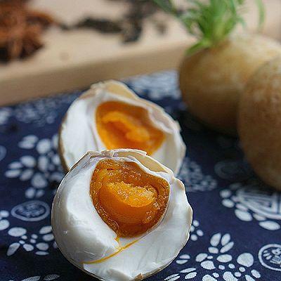 五香咸鸭蛋