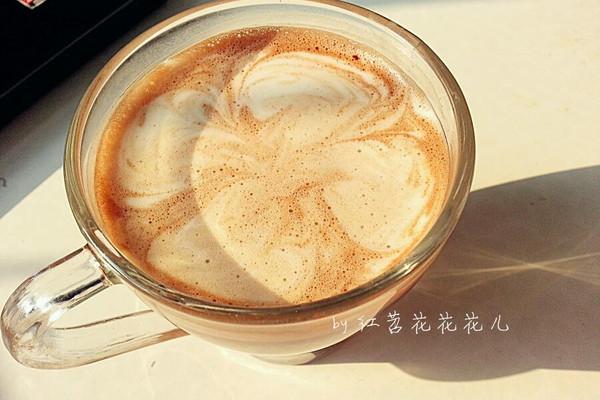 哈哈哈     主料 咖啡 黑巧克力 拉花的做法步骤 分类:        本菜谱